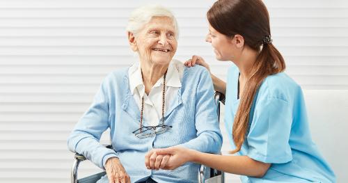 Retrouvez la top formation du Cours Minerve, la formation aide-soignante et préparez-vous aux notions indispensables de la profession.
