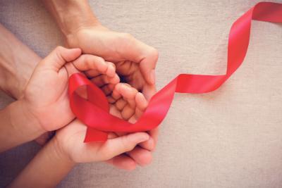 Retour sur la maladie du SIDA et sur les actions de lutte engagées au niveau national et international.