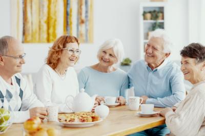 Alors que l'espérance de vie s'allonge, quelles formes d'habitat se développement pour les seniors ?